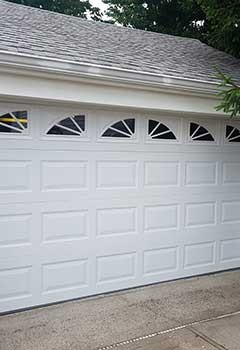 New Garage Door Near Seattle